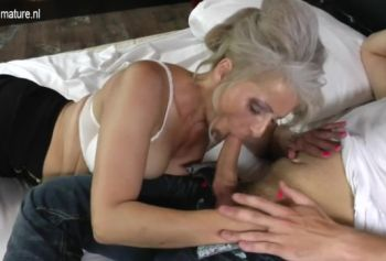 Порно с мамкой смотреть